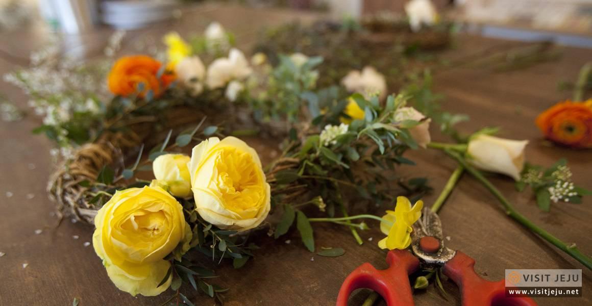 Lớp học cắm hoa trong ngày