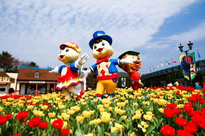 Lễ hội hoa với các nhân vật tại Seoulland