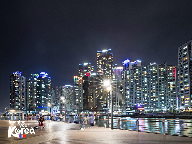 The Bay 101 là một nơi ngắm cảnh Busan tuyệt vời về đêm